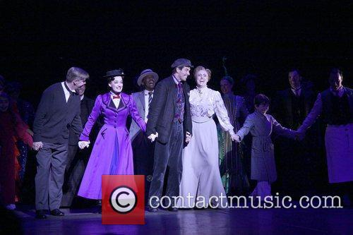 Laura Michelle Kelly, Gavin Lee and Mary Poppins 6