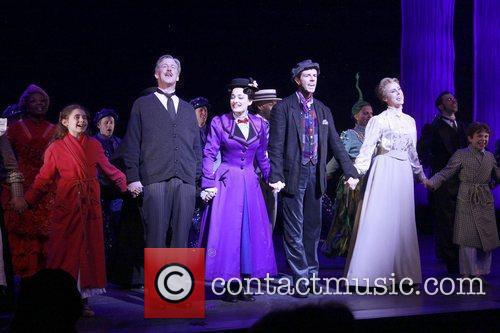 Laura Michelle Kelly, Gavin Lee and Mary Poppins 1