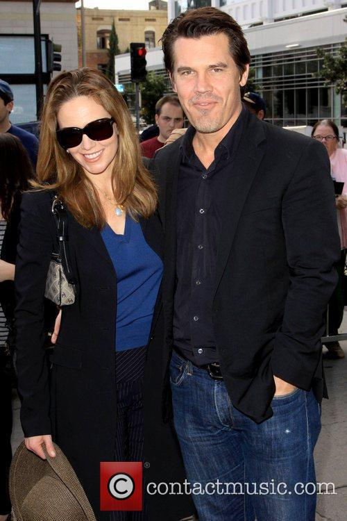 Diane Lane and Josh Brolin 5