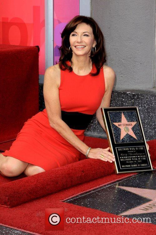 Mary Steenburgen 10
