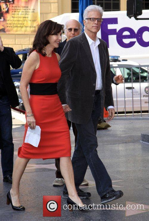 Mary Steenburgen and Ted Danson 22