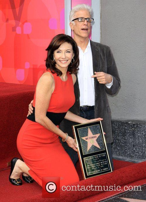 Mary Steenburgen and Ted Danson 16