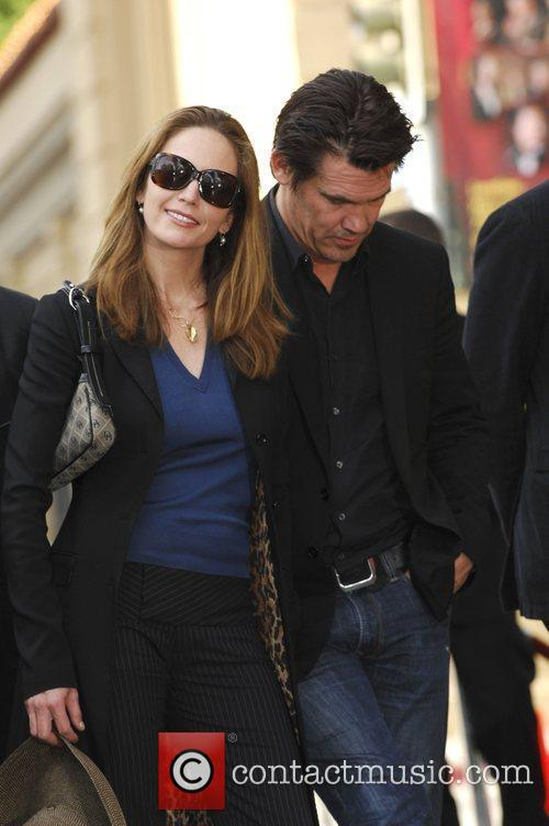 Diane Lane and Josh Brolin 9