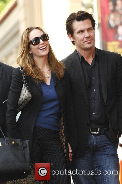 Diane Lane and Josh Brolin 11