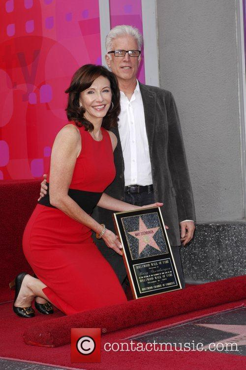 Mary Steenburgen and Ted Danson 4