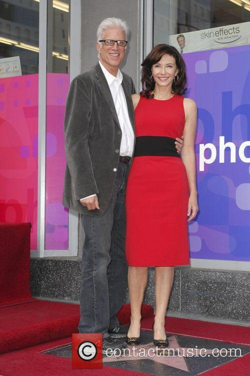 Mary Steenburgen and Ted Danson 6