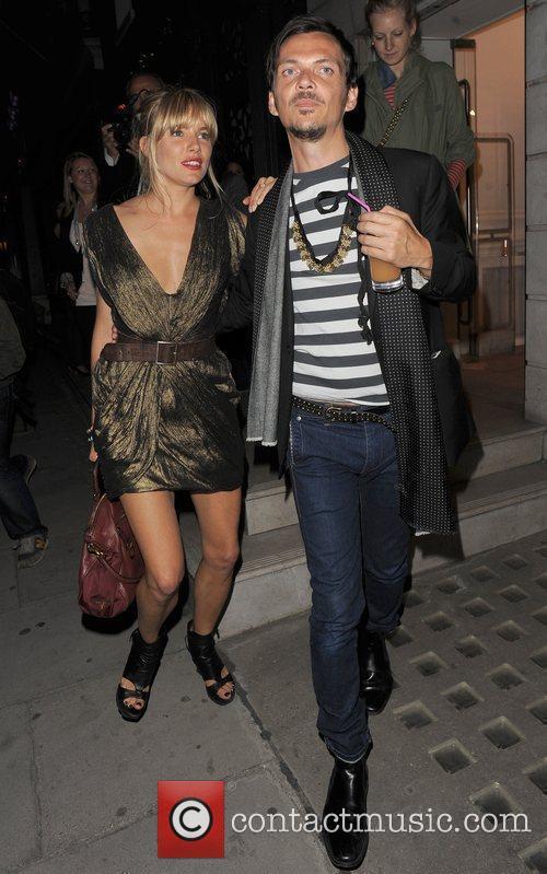 Sienna Miller and her designer pal Matthew Williamson...