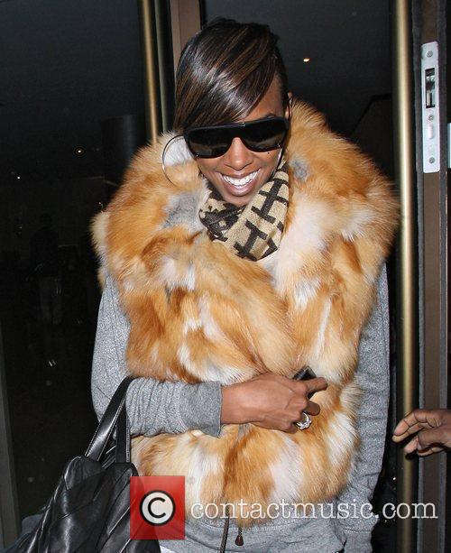 Kelly Rowland leaving the May Fair hotel wearing...