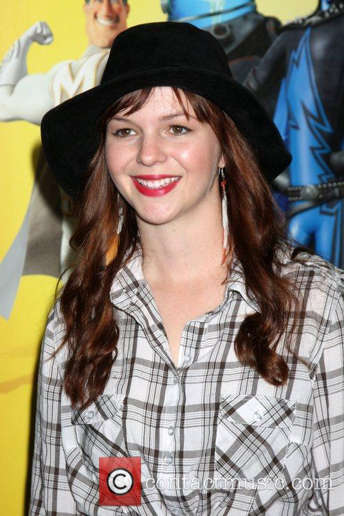 Amber Tamblyn and Mann 3
