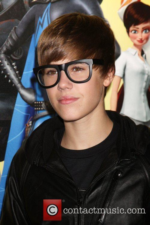 Justin Bieber and Mann 4