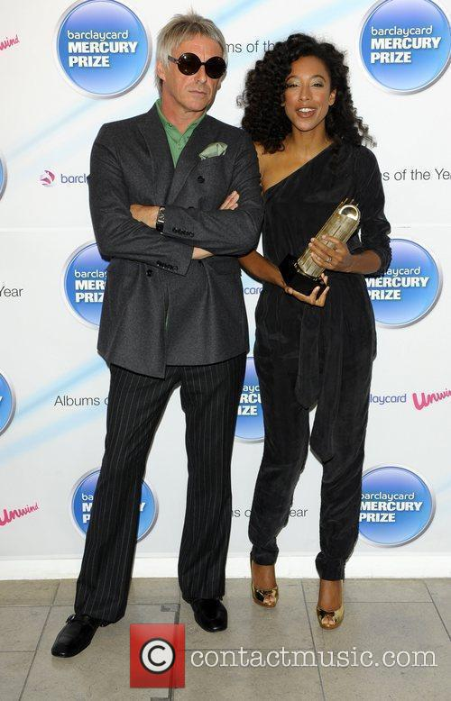 Paul Weller and Corrine Bailey Rae 3