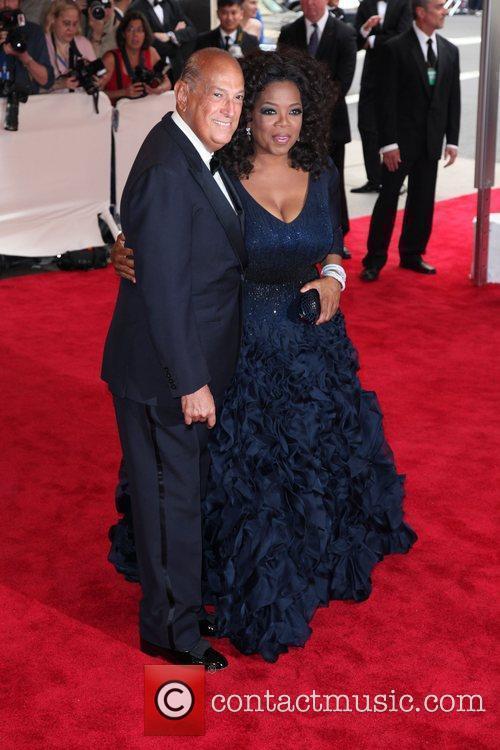 Oprah Winfrey and Oscar De La Renta 2