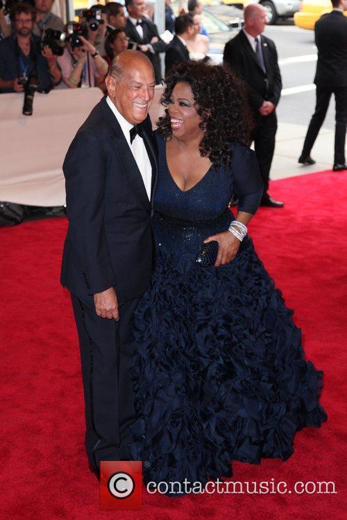 Oprah Winfrey and Oscar De La Renta 1