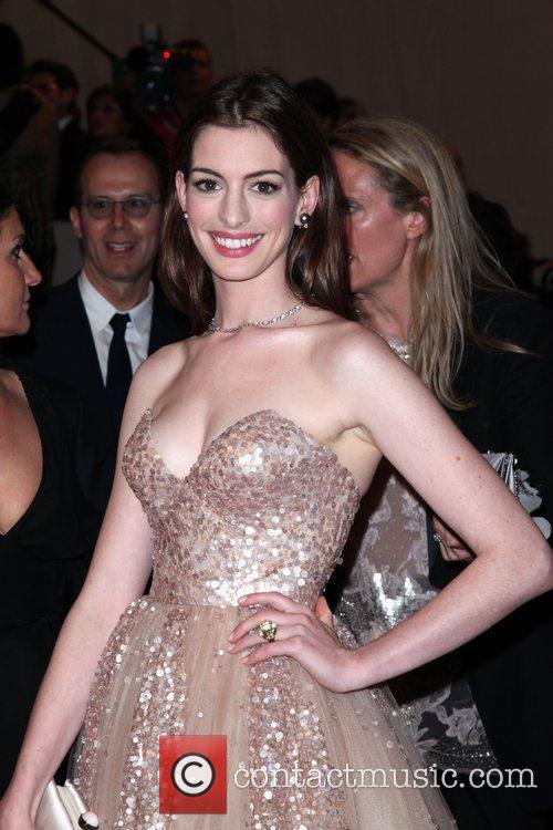 Anna Hathaway The Costume Institute Gala Benefit to...