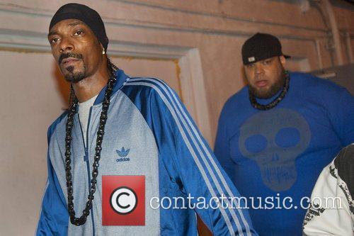 Snoop Dogg seen outside Mansion nightclub