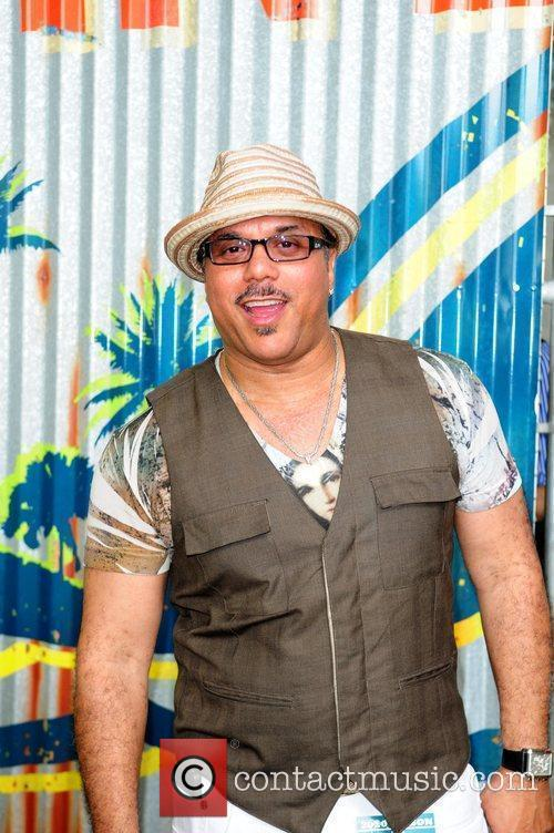 Howard Hewett 5