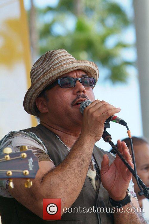Howard Hewett 7