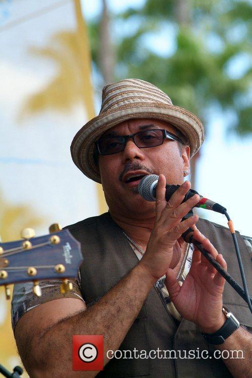 Howard Hewett 6