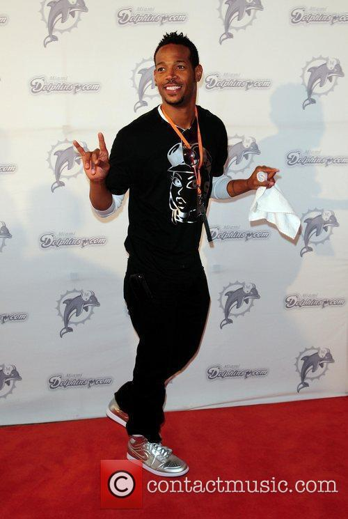 Marlon Wayans  The Miami Dolphins Tailgate Concert...