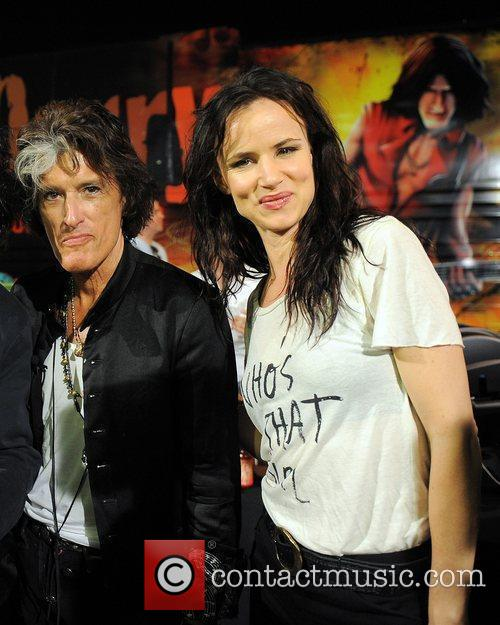 Joe Perry and Juliette Lewis 8