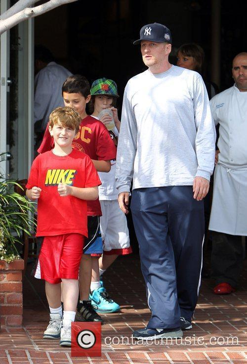 Michael Rapaport and his children leave Fred Segal...