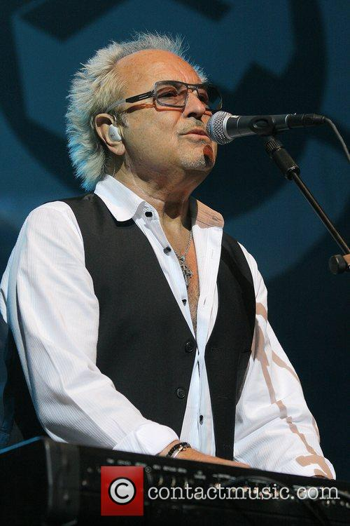 Mick Jones 8