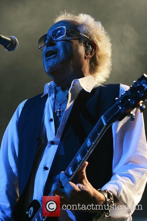 Mick Jones 7