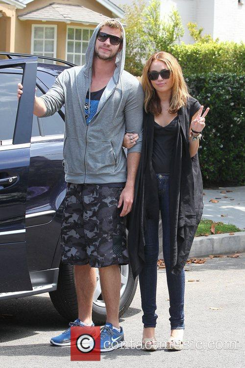 Miley Cyrus and Liam Hemsworth 3