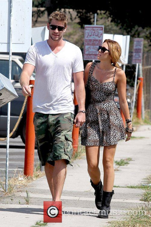 Liam Hemsworth and Miley Cyrus 21