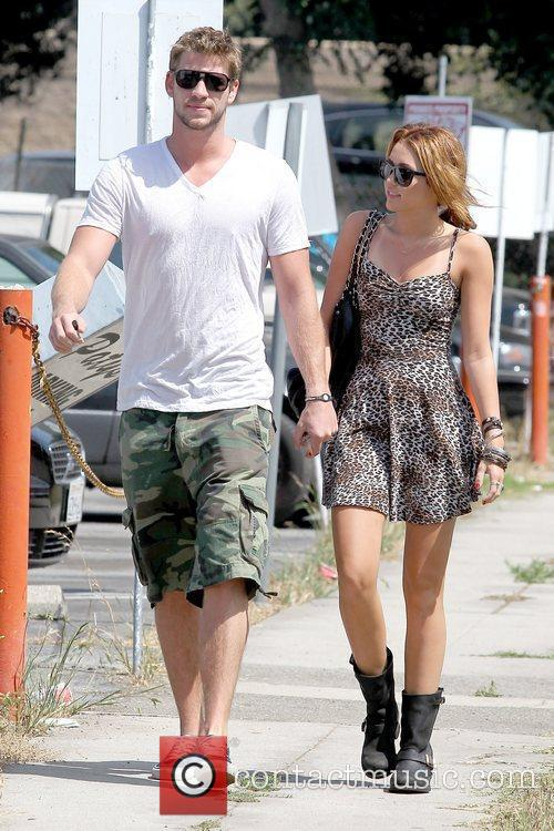 Liam Hemsworth and Miley Cyrus 13