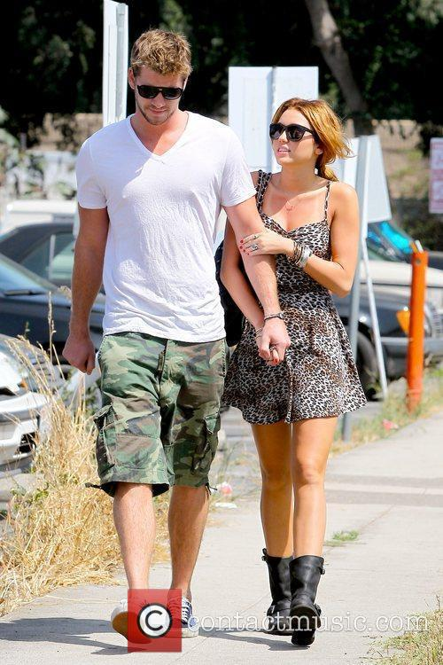 Liam Hemsworth and Miley Cyrus 19