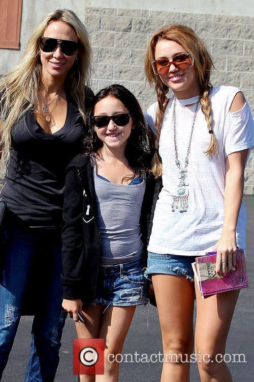 Miley Cyrus, Tish Cyrus, LA