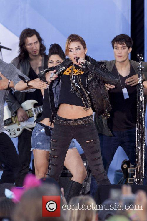 Miley Cyrus, ABC, Central Park