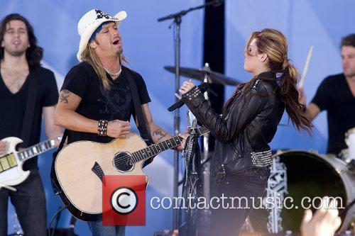 Bret Michaels and Miley Cyrus 11