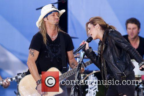 Bret Michaels and Miley Cyrus 8