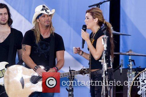 Bret Michaels and Miley Cyrus 12