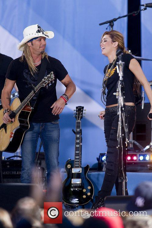Bret Michaels and Miley Cyrus 7