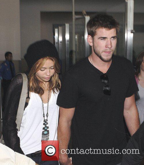 Miley Cyrus and Liam Hemsworth 36