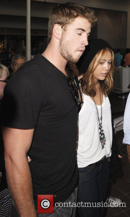 Miley Cyrus and Liam Hemsworth 39