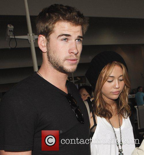 Miley Cyrus and Liam Hemsworth 37