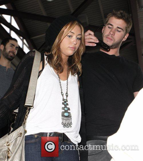 Miley Cyrus and Liam Hemsworth 38