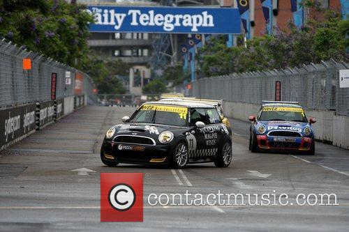 The qualifying session of the Mini Challenge as...
