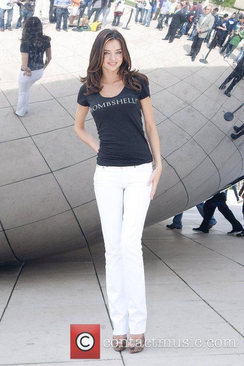 Miranda Kerr and Chicago 5