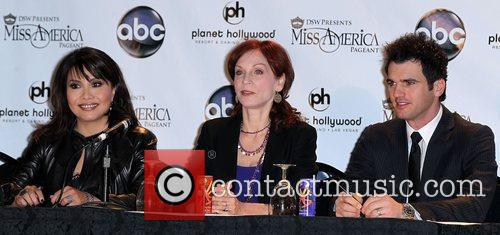 Marilu Henner and Las Vegas 5