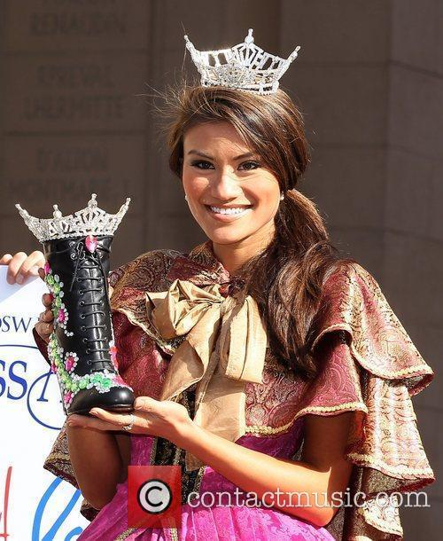 Miss Georgia Christina McCauley Miss America 2011 DSW...