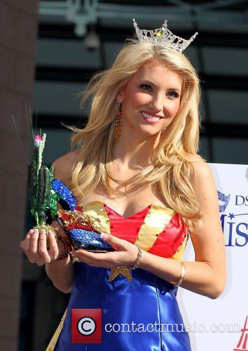 Miss Arizona Kathryn Bulkley Miss America 2011 DSW...
