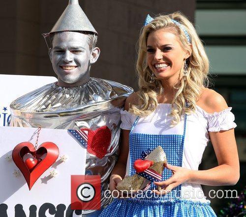 Miss Kansas Lauren Werhan Miss America 2011 DSW...