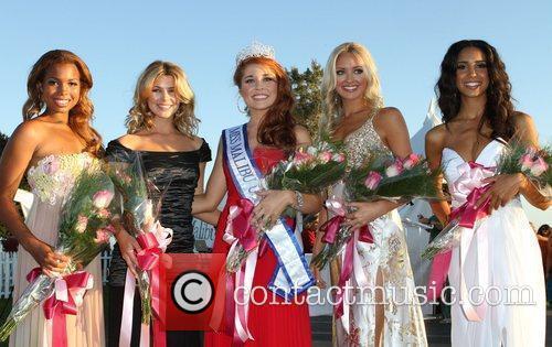 Miss Malibu 2011 Erin White and Runner Ups...