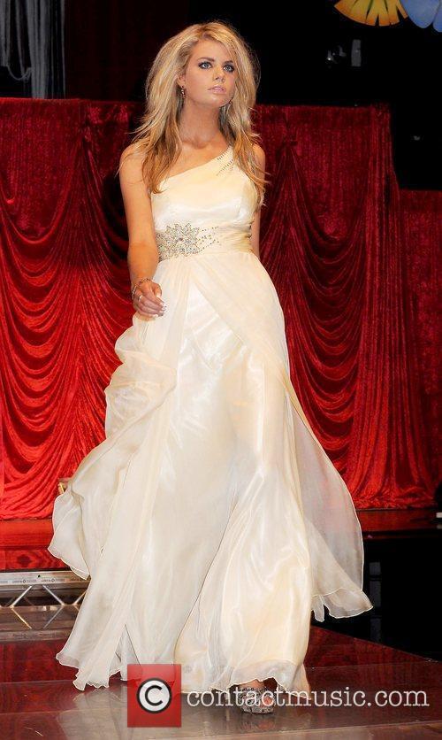 Miss Cork Maedhb Kelly Miss Universe Ireland 2010...
