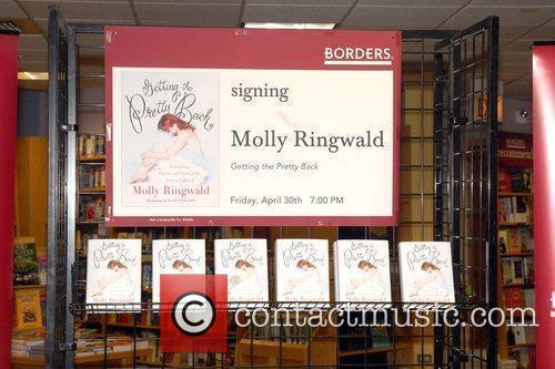 Molly Ringwald signs copies of her new book...